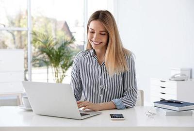 女人电脑里