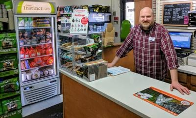 Raw Pet Food Is a Focus For This South Dakota Pet Specialty Retailer