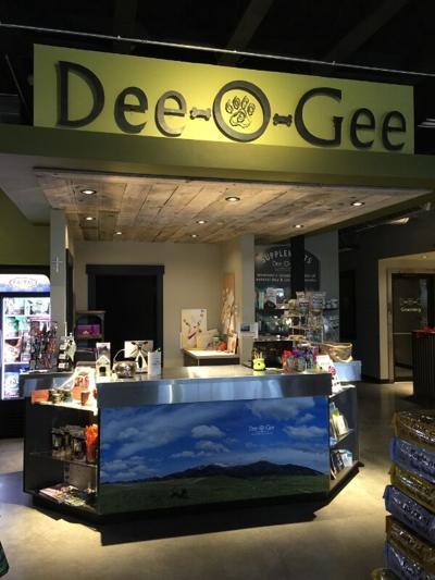 Retailer Dee-O-Gee Now Awarding Franchises