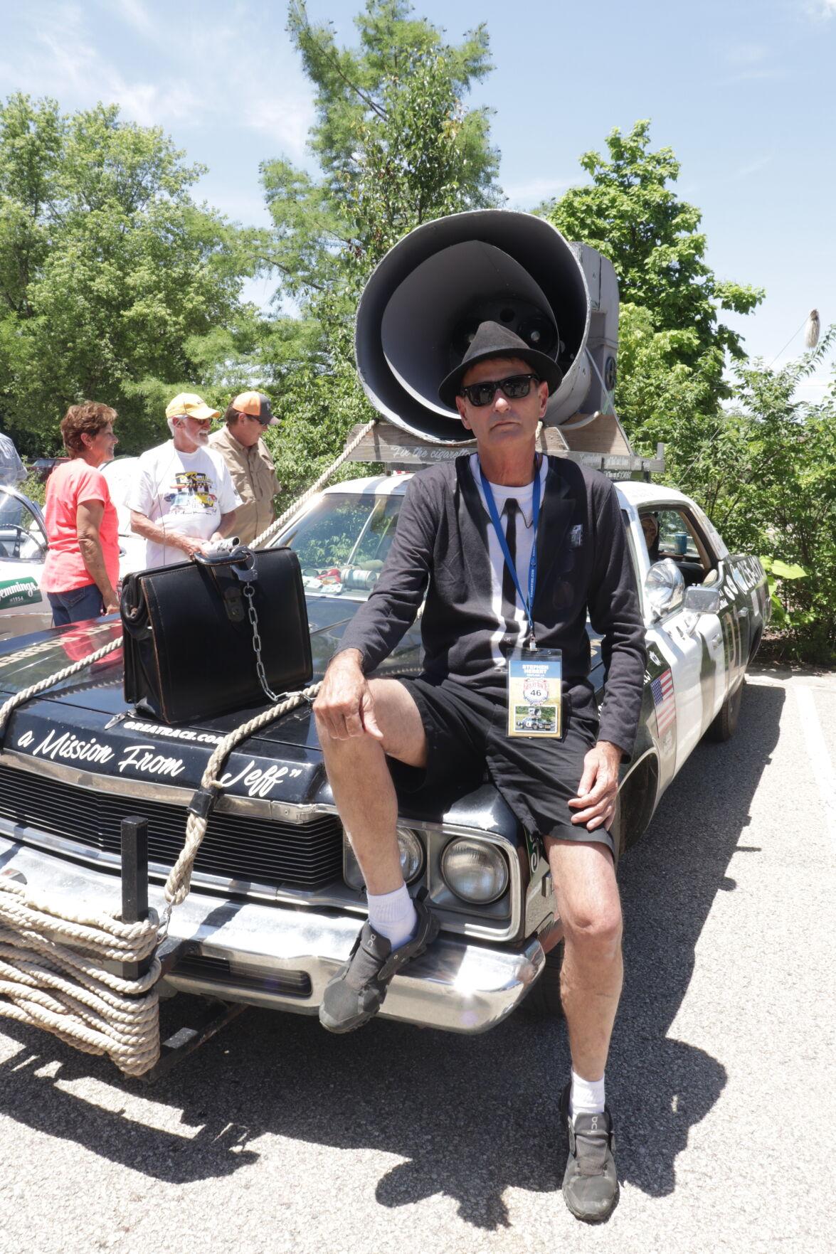 1.Great Race. Stephen Hebert. Blues-mobile..JPG