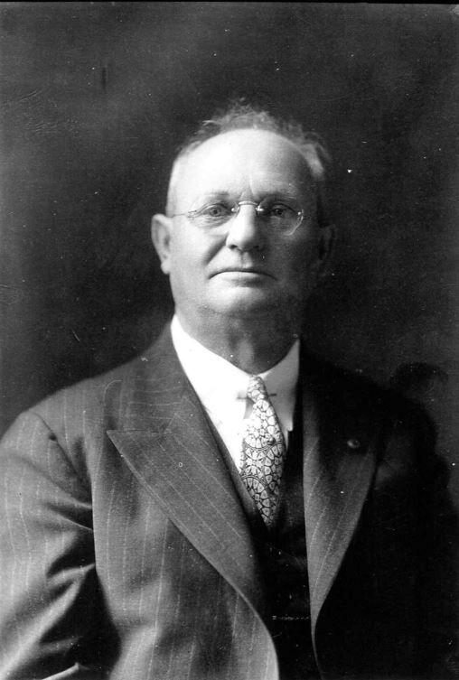 Dr Arthur Sidney McFarland