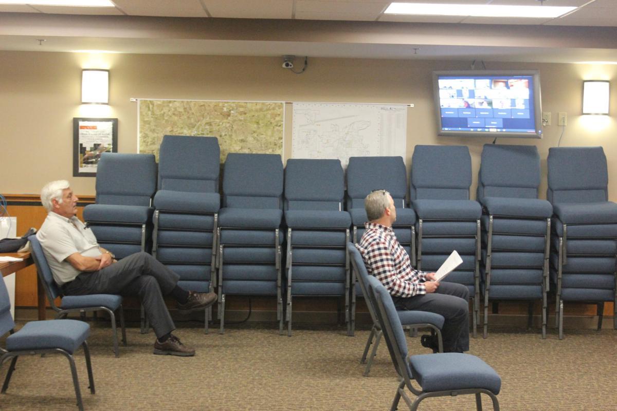 Social distance at council meeting