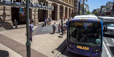Image:Reading Terminal Market partners with Independence Visitor Center Corporation's Philly Phlash® to keep Flower Show traditions alive