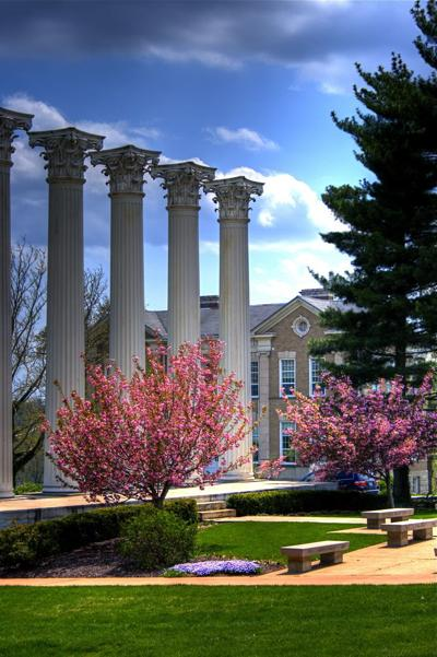 The_columns_at_Westminster_College.jpg