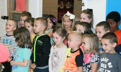 Clopton kindergarteners celebrate with grandparents