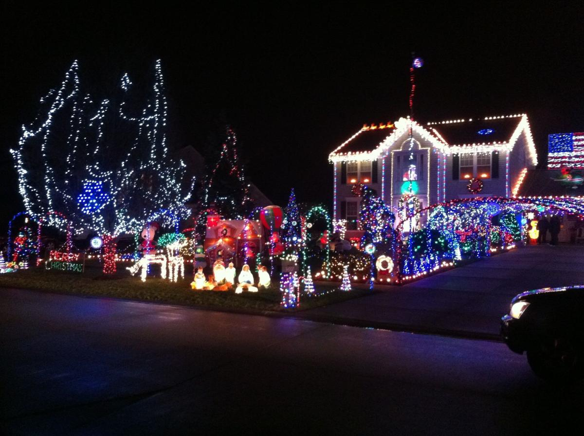 clark griswold has nothing on north ridgeville mans holiday lighting display