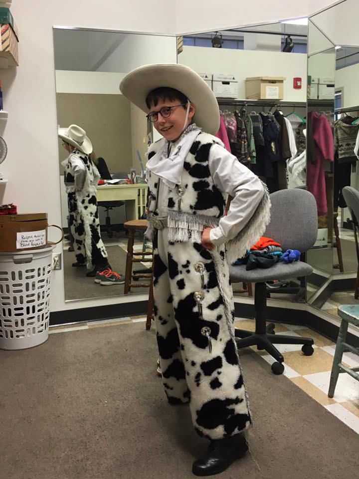 local boy stars as ralphie in cleveland play house production of a christmas story