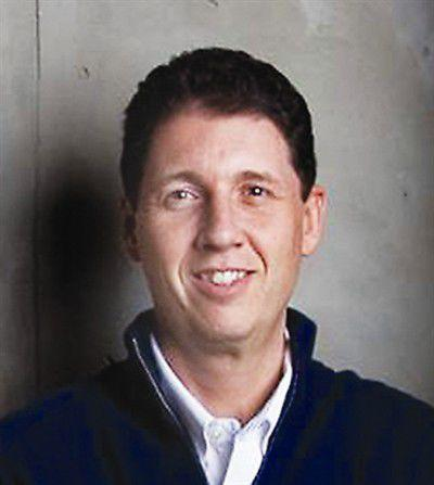 Council selects its city manager