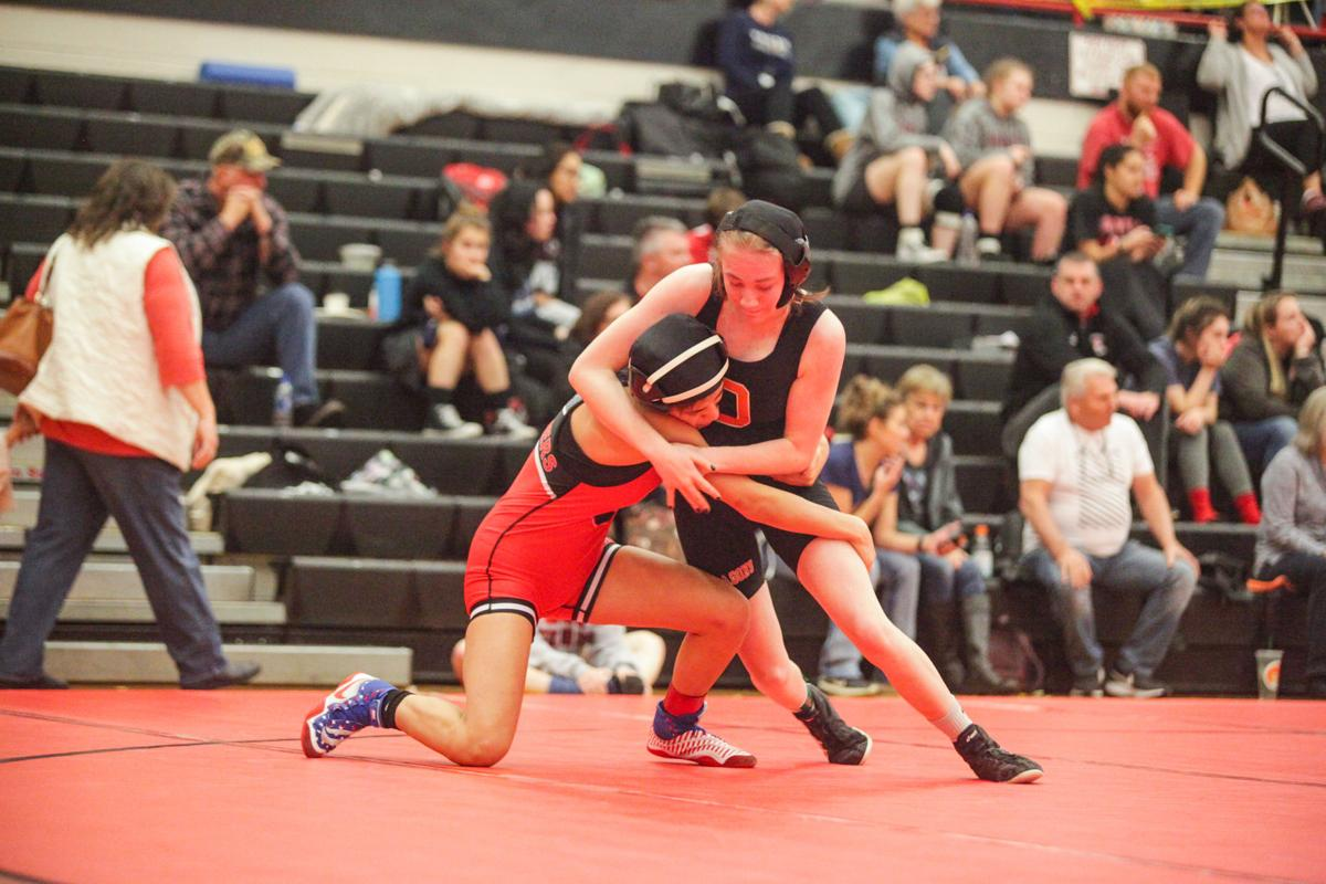 Wrestlers come close to qualifying for state