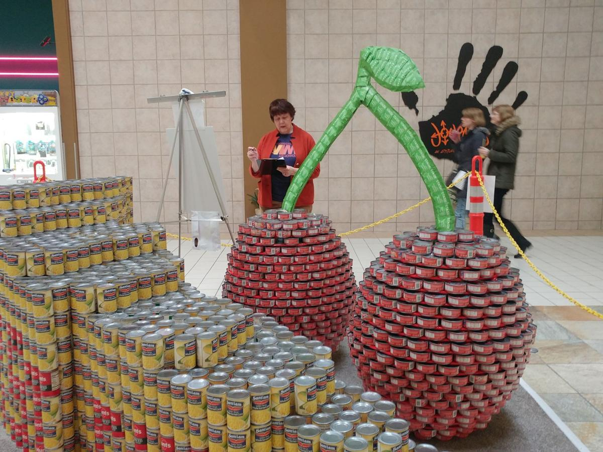 Canstruction 2.jpg