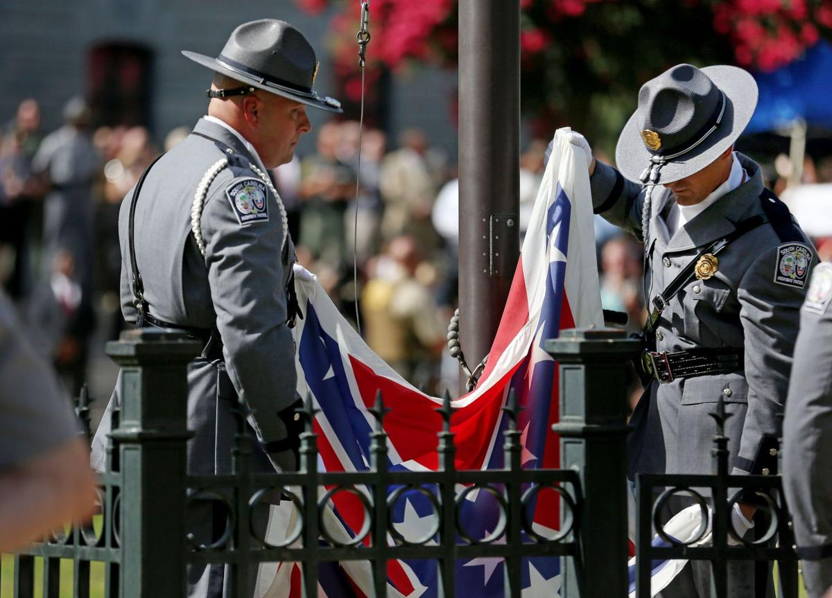 Pro-Ted Cruz robocall blasting Trump and Gov. Haley on Confederate flag