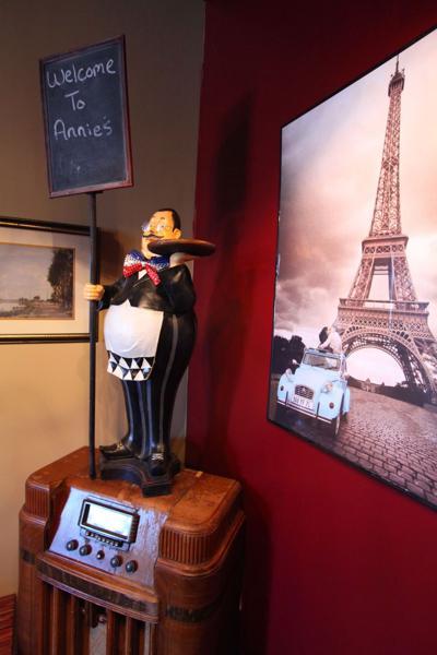Annie's Bistro Francais Restaurant tosses its beret into growing bistro scene