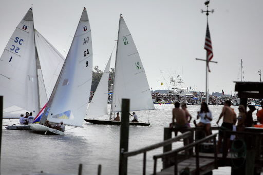 Sailors struggle with light air at annual Rockville Regatta