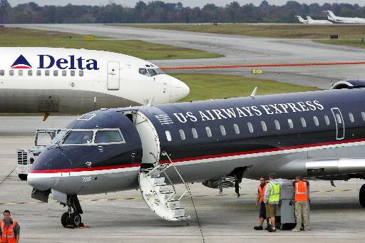 US Airways looking to drop nonstop flights to LaGuardia
