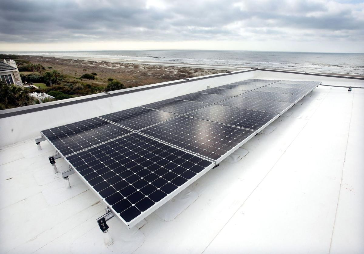 Solar power savings SCE&G's best incentive for homeowners thinning