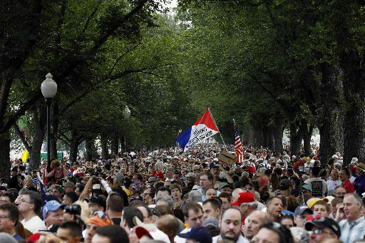 Rallies compete in nation's capital