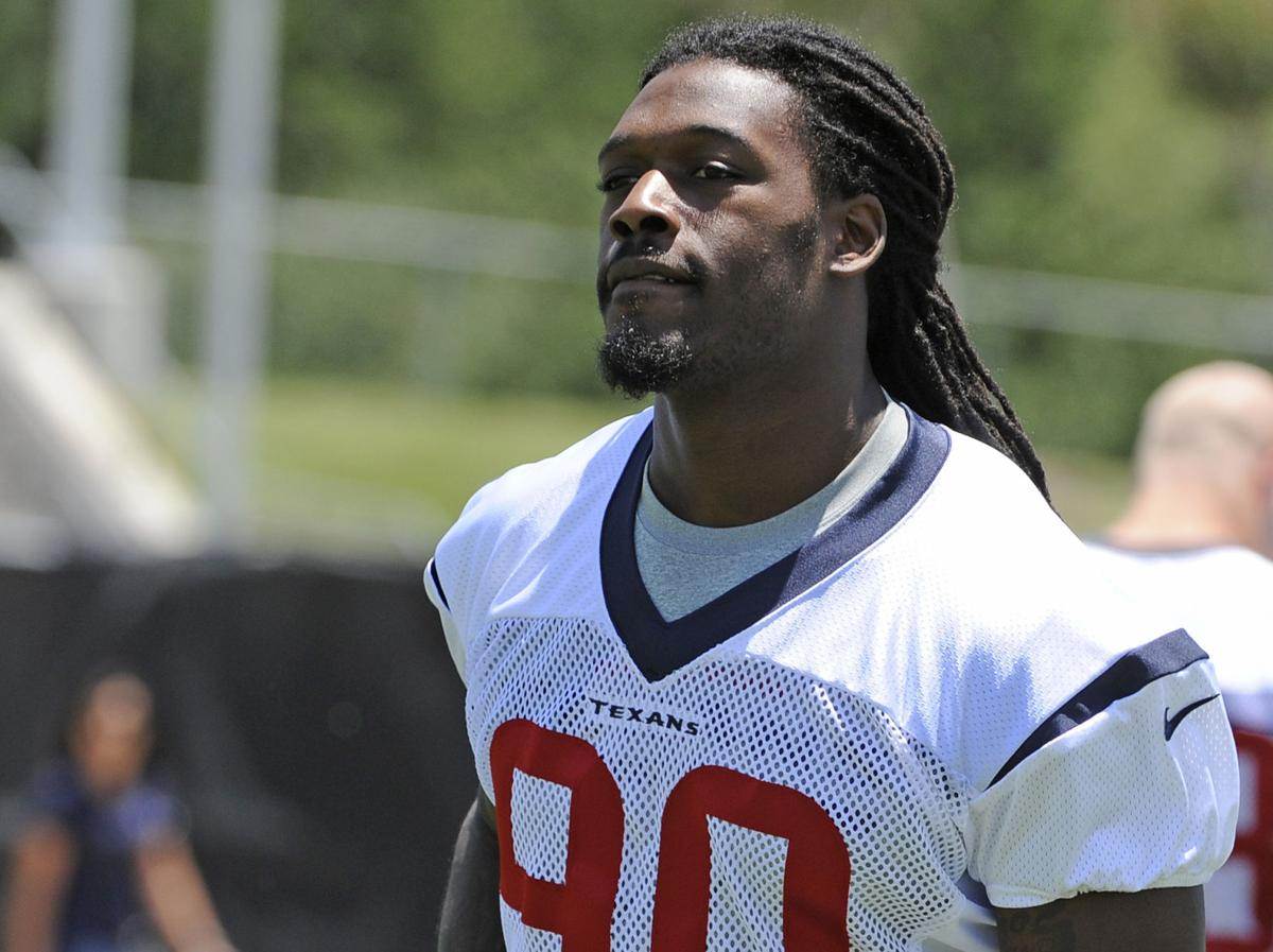 Jadeveon Clowney penciled in for NFL's Week 1