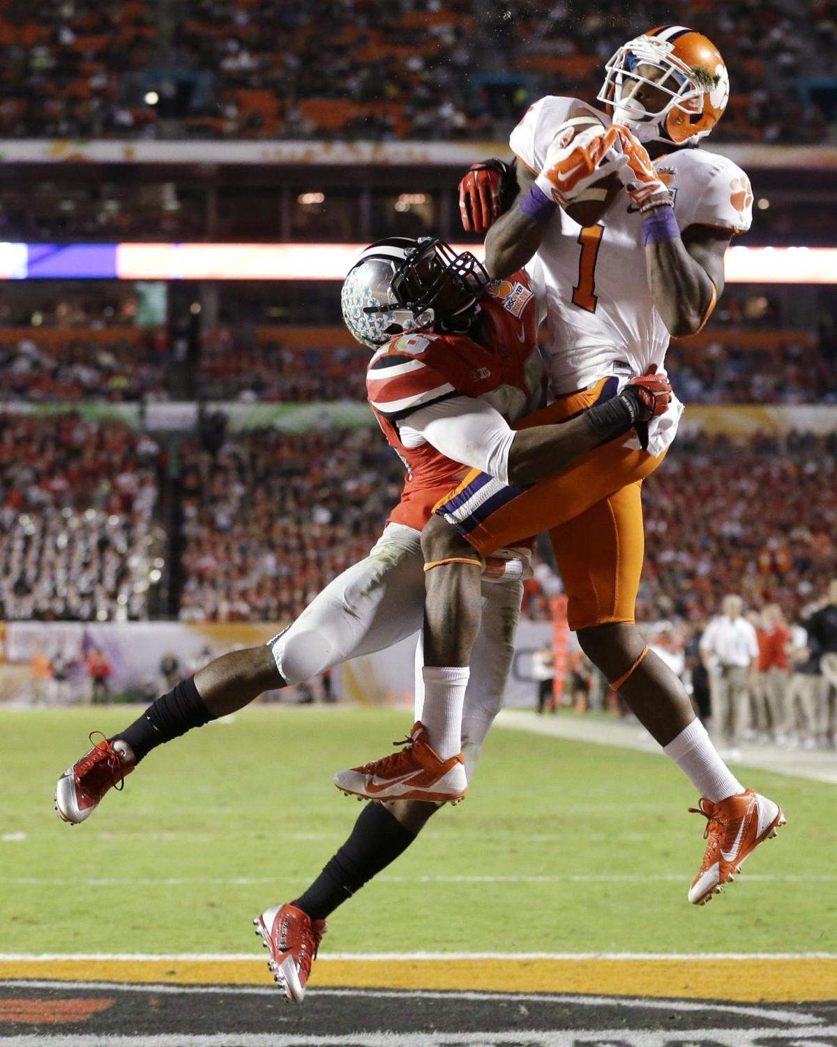 Tigers WR Bryant to enter draft