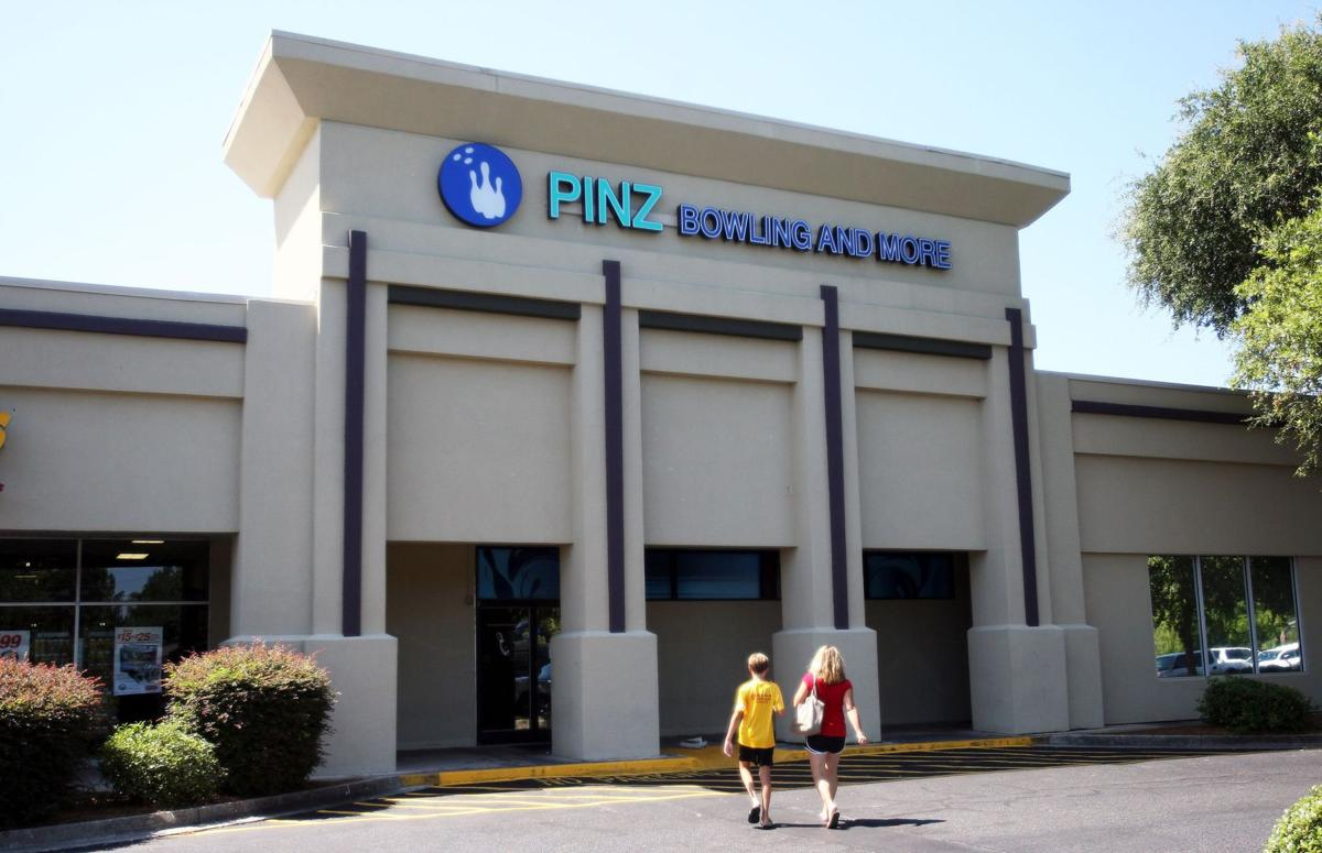 No-frills grocer Aldi taking over Pinz space 20-year-old Mt. Pleasant bowling alley to close Sunday