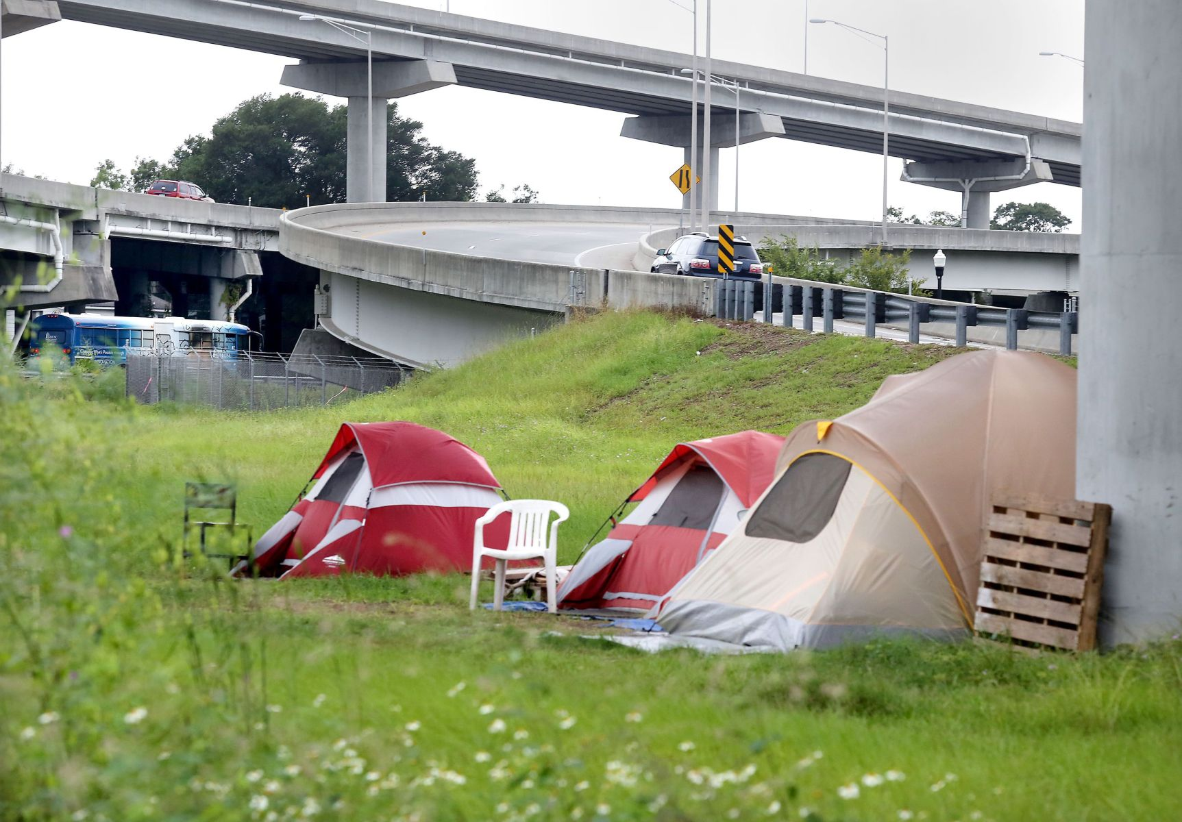 Tent town hurts homeless city & Tent town hurts homeless city   Opinion   postandcourier.com