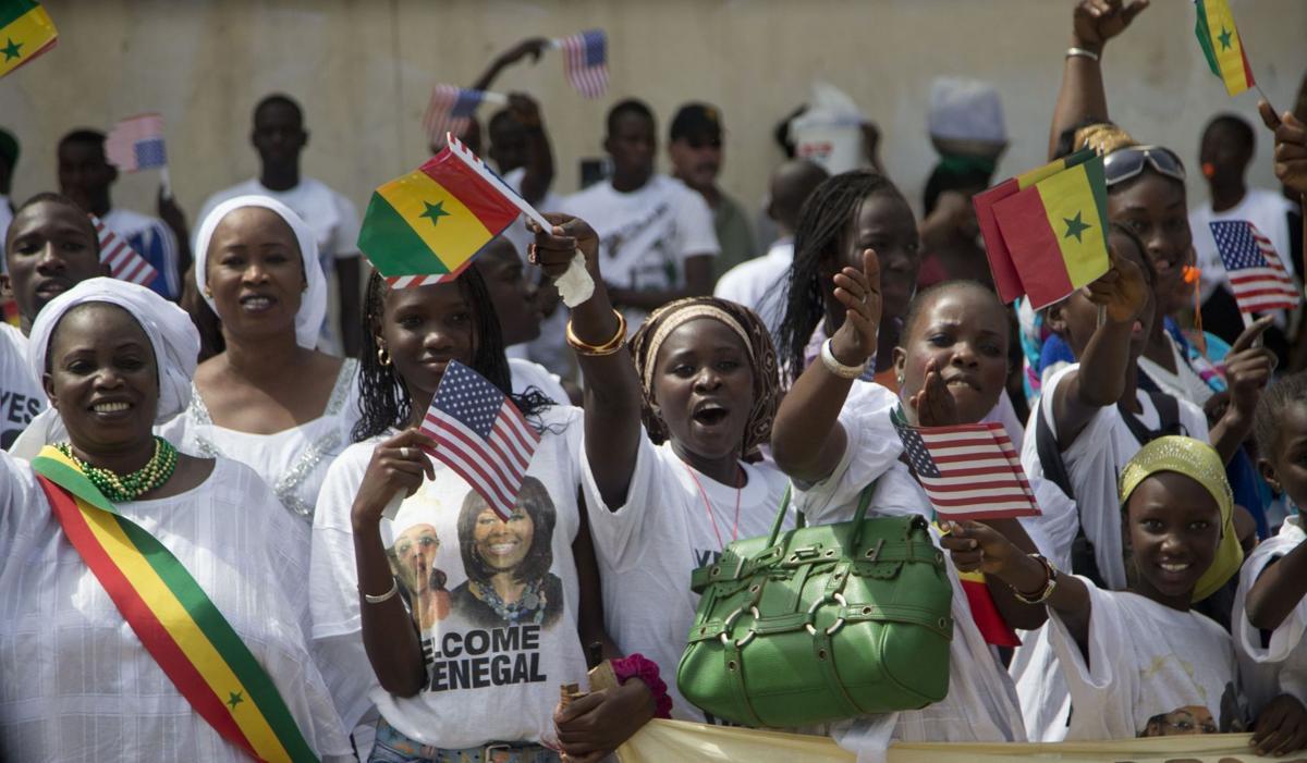 Obama visits Senegal