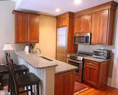 85 Cumberland St., No. 14 Cozy one-bedroom condo downtown perfect for getaway retreat, young-couple pad