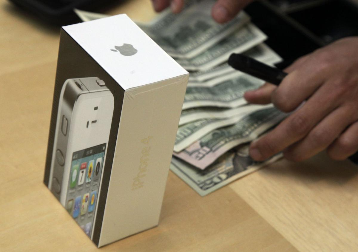 Apple trumps expectations with 35 million iPhones sold in 2nd quarter