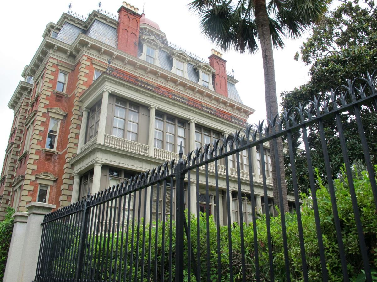 Charleston hotels ranked high on national list by U.S. News & World Report