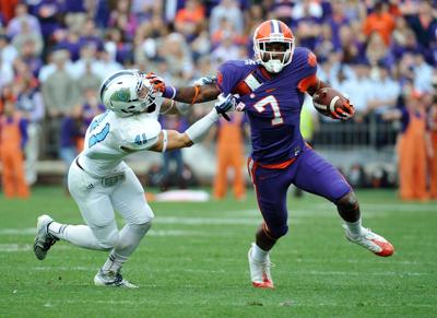 On the Beat: past, present Clemson receivers workout partners on Folly Beach (copy)