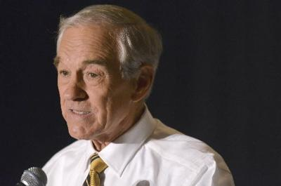 Tea party godfather Ron Paul running for president