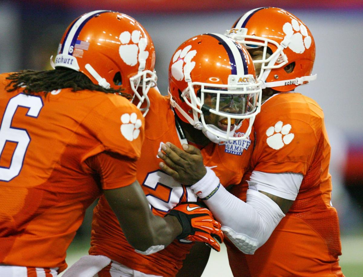 Hopkins looks like No. 1 receiver; Tigers' young offensive line holds