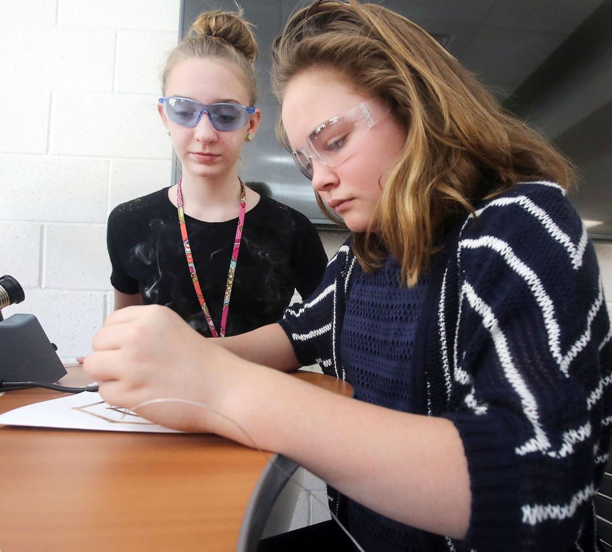 $20,000 Bosch donation supports tech programming in Charleston County schools