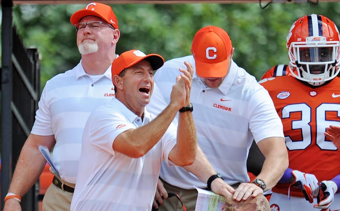 Reviewing Football Recruiting Classes For Clemson South Carolina
