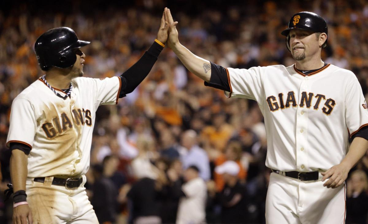 Giants deck Cards in Game 2 to even NLCS