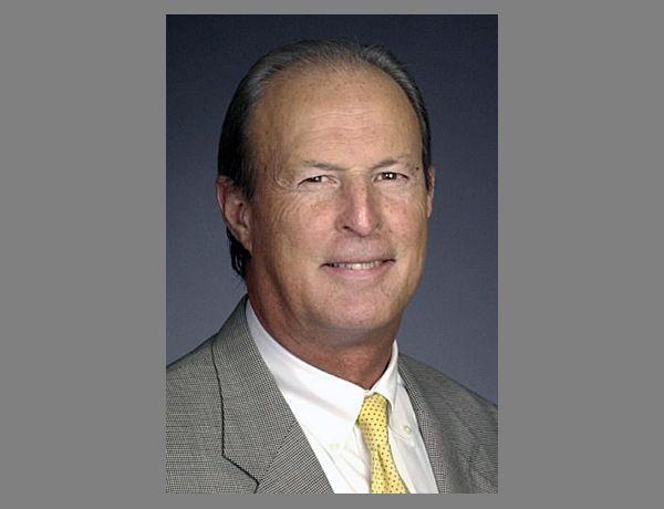Kerr, newspaper lawyer, dies