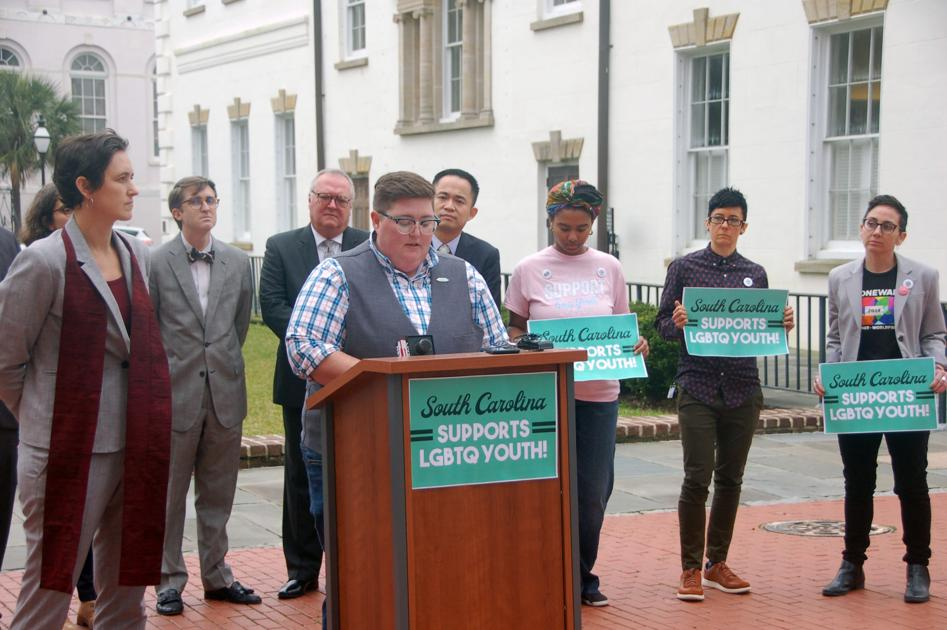 SC law bans LGBTQ sex ed unless it's about STDs. Students, advocates are suing for change.