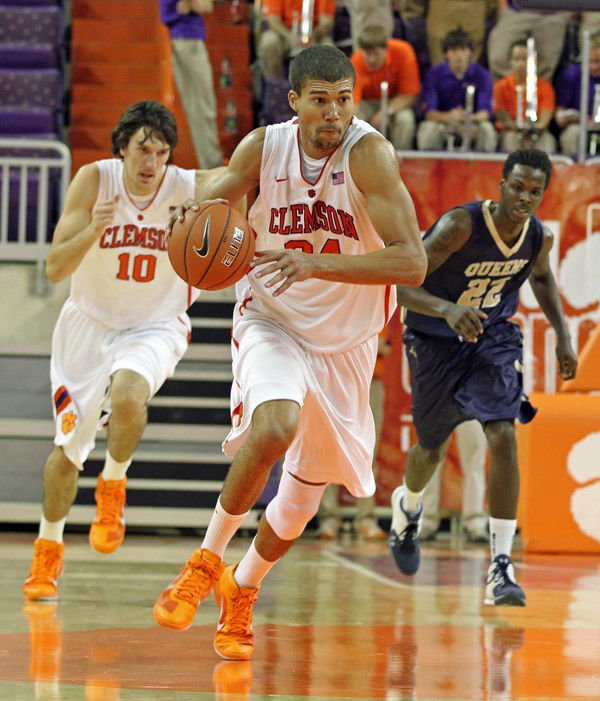 Brownell: Clemson Tigers desperate for go-to player to emerge