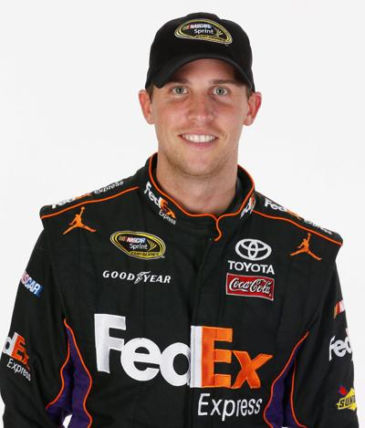 Injured Hamlin doing his part to help racing teammates in chase for the cup