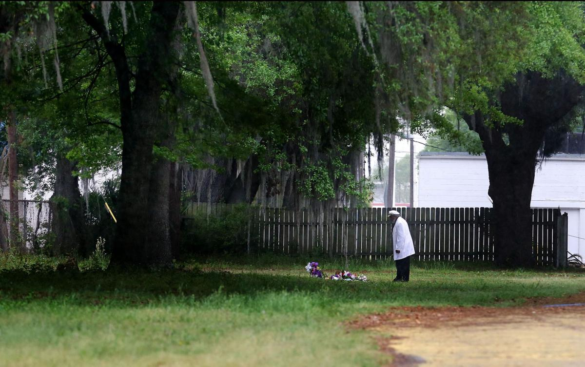 Documents: SLED missed bullets at Walter Scott scene, deleted other evidence
