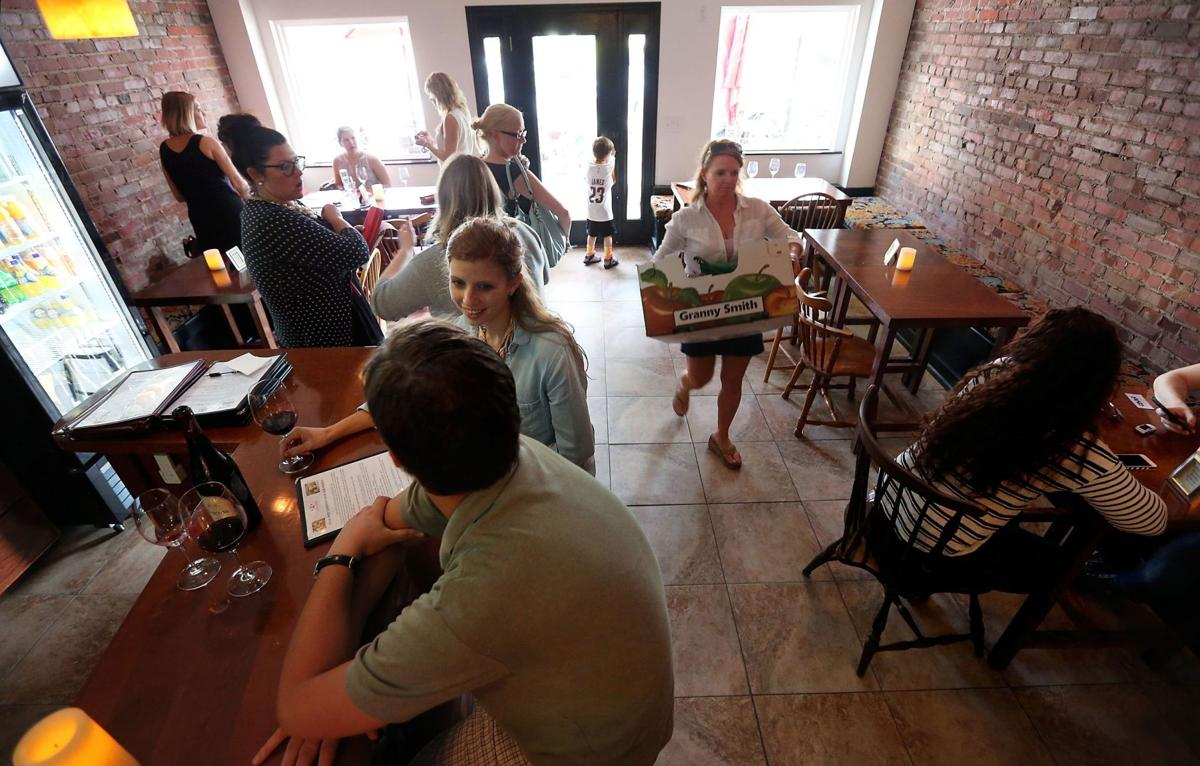 Accent on Wine & More opens on East Montague in North Charleston
