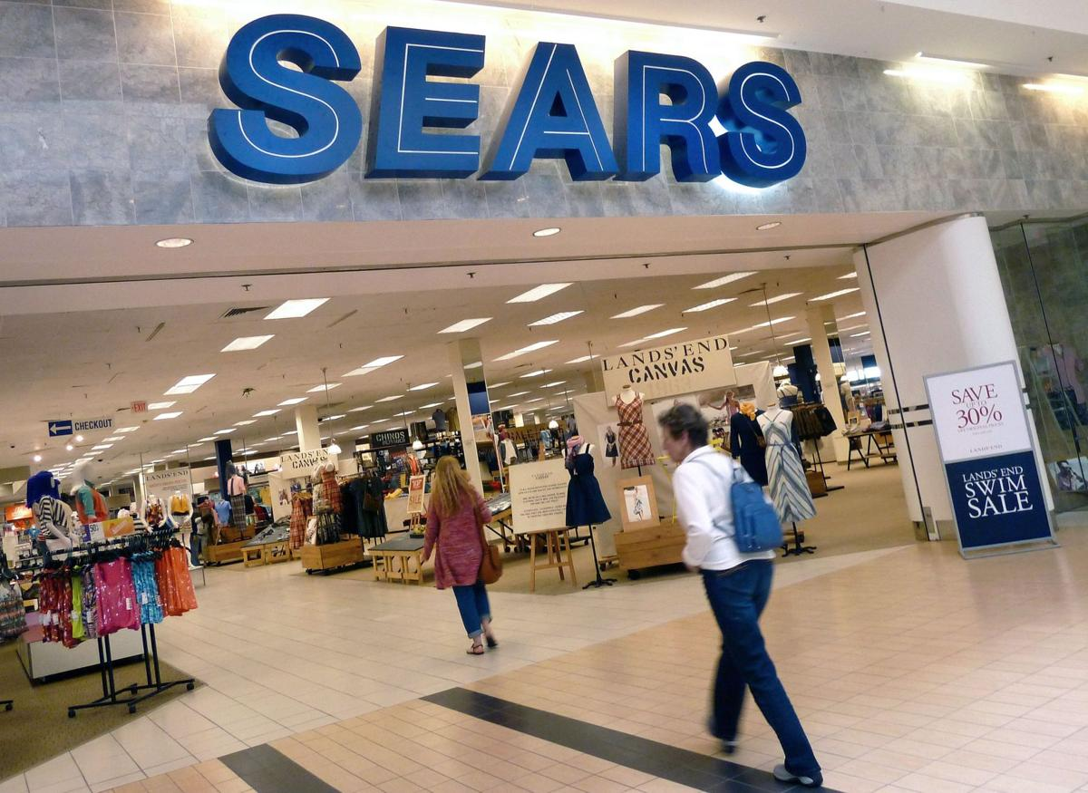 Sears considering spinning off Lands' End