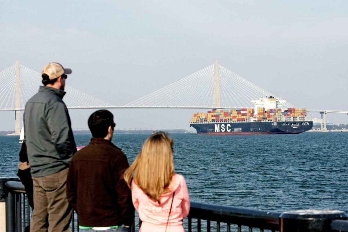 Charleston a top place to retire in 2014, Forbes says
