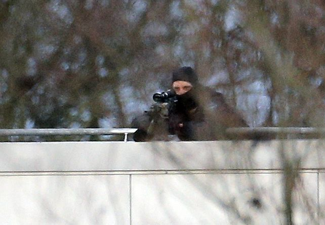 2 Charlie Hebdo suspects killed, hostage freed