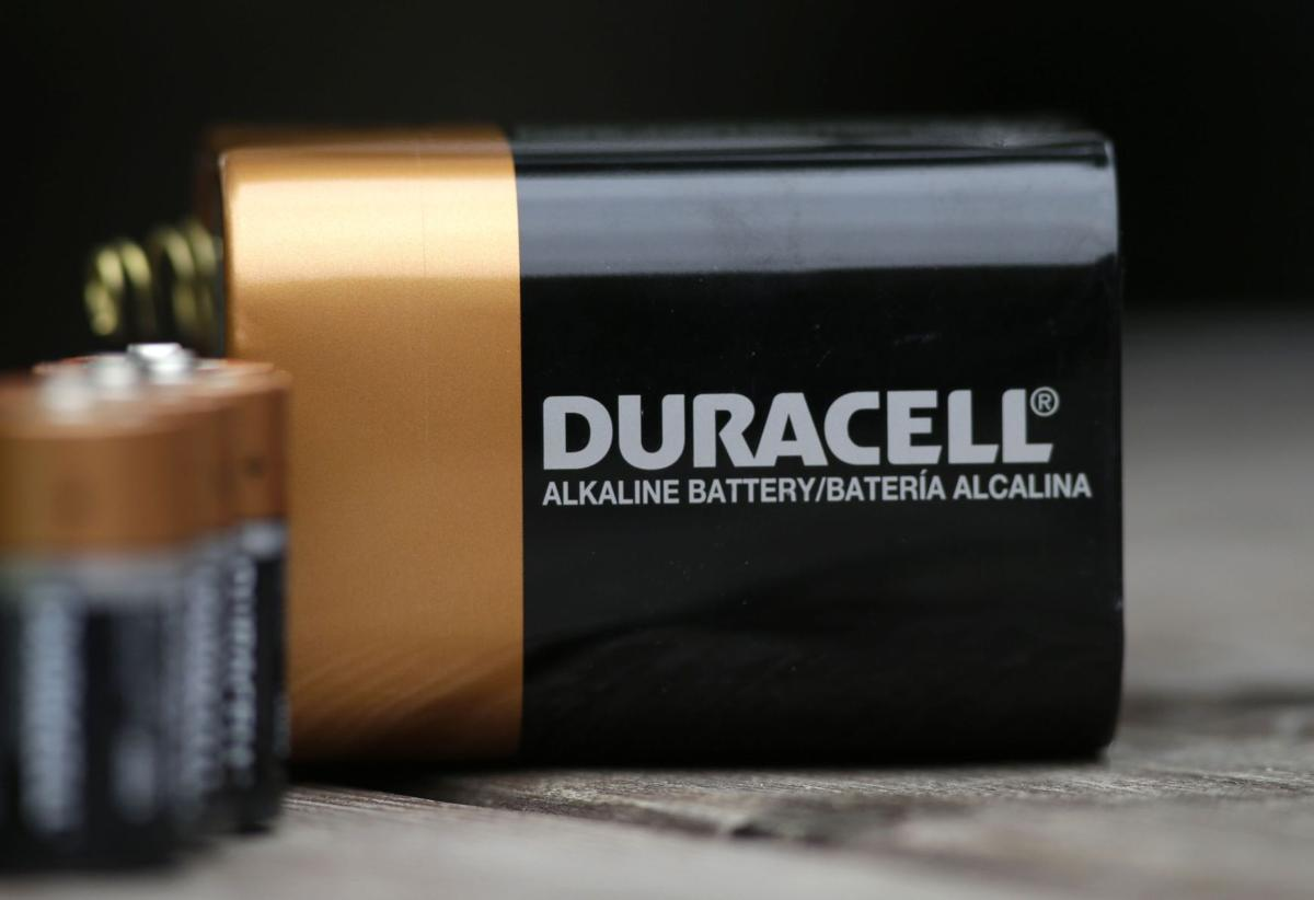 gillettes acquisiton of duracell Gillette's acquisiton of duracell essay 1188 words feb 3rd, 2011 5 pages this report will begin by providing a brief introduction on the acquisition of duracell by gillette, followed by the reasons it lacked success, and finally end with the proposed recommendations for duracell.
