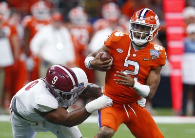 Emotional Season Comes To An End For No 1 Clemson In Loss To
