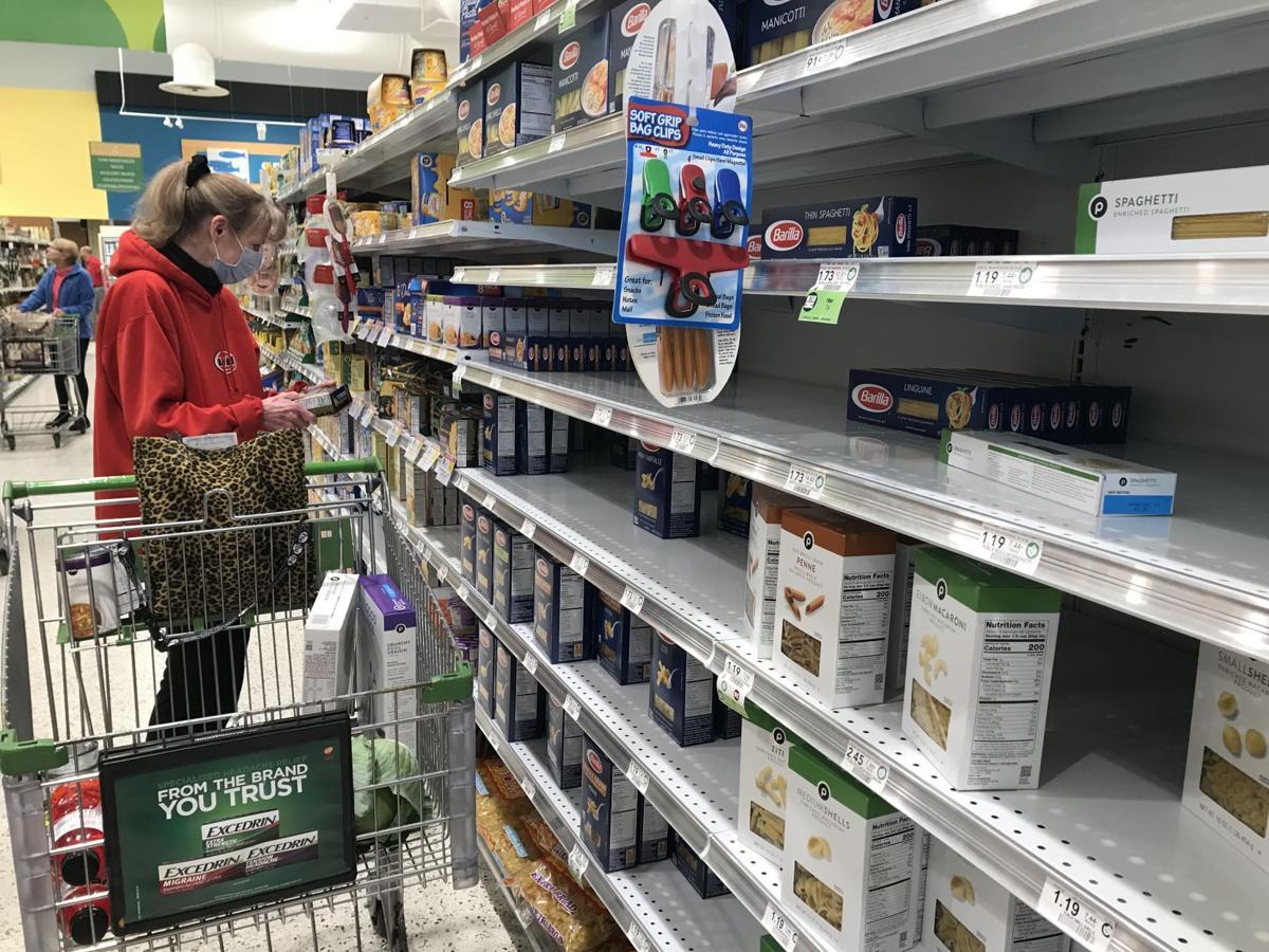 Publix shopper wearing mask