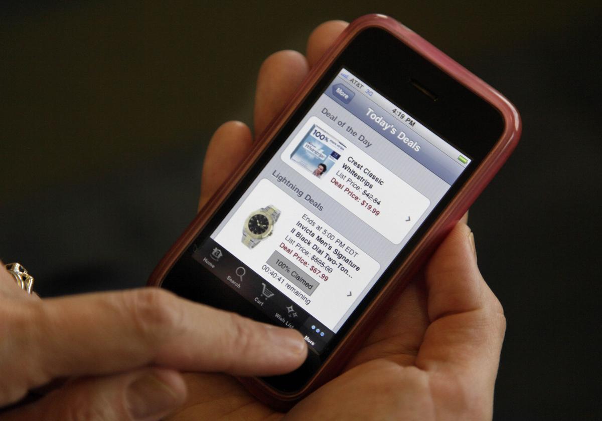 Smartphones can hurt trips, relationships