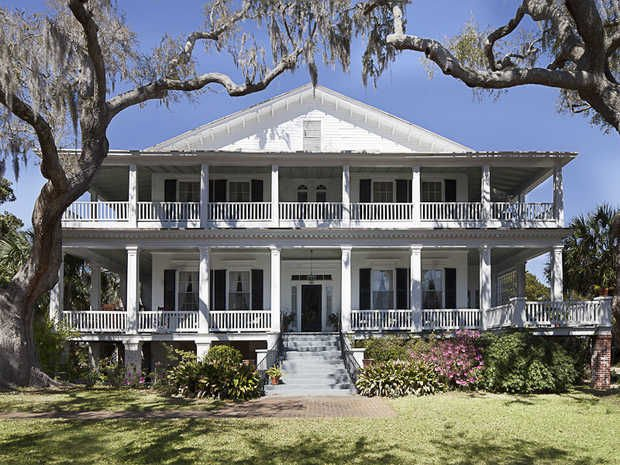 """Beaufort home used in """"The Big Chill"""" for sale"""