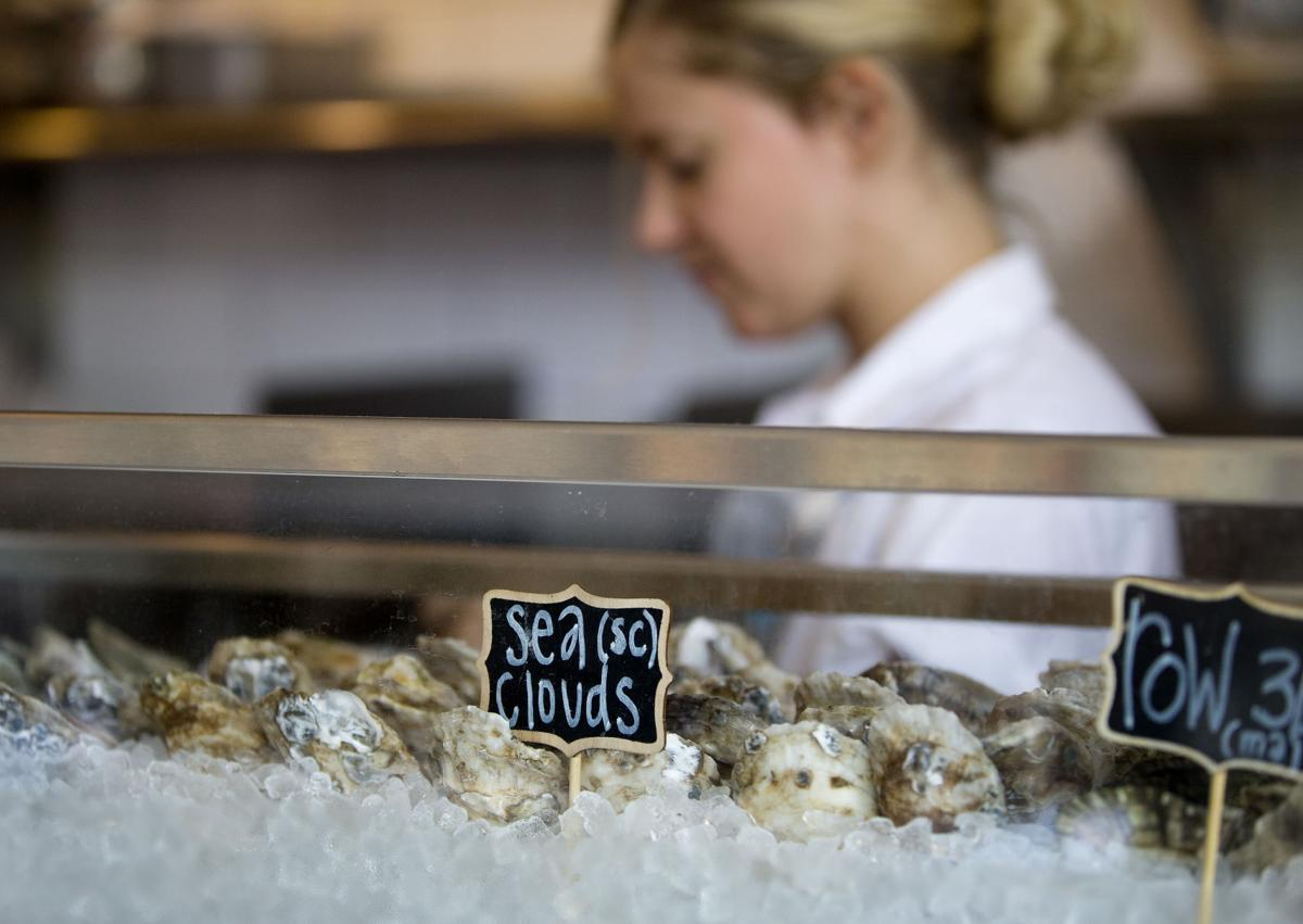 oysters.jpg (copy)