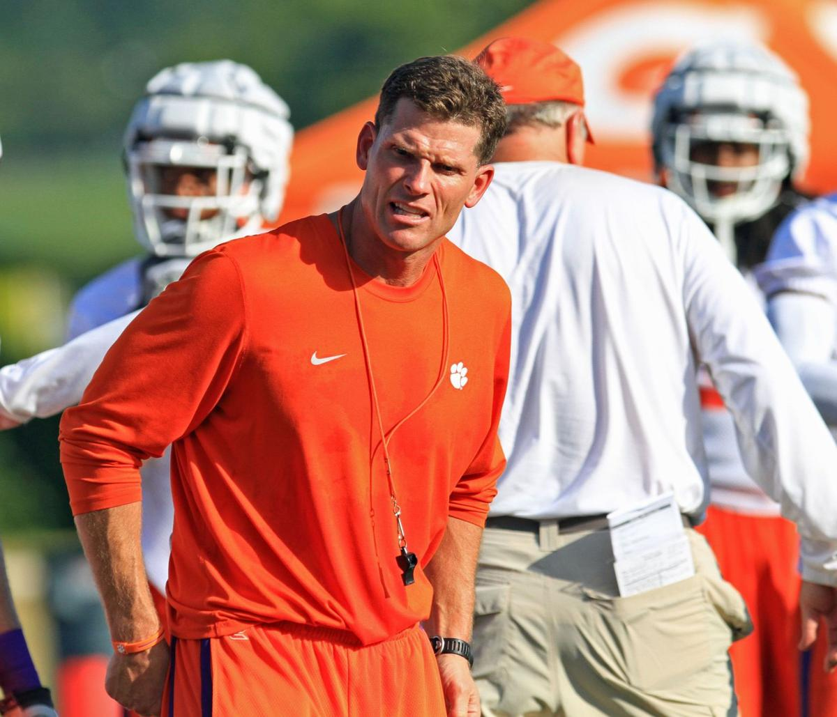 Tigers' Venables likes mentality Clemson's Swinney 'not into calling out coaches'